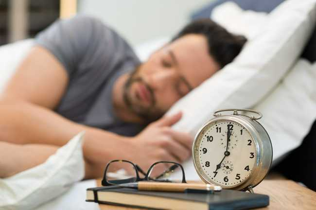 how working the night shift affects sleep